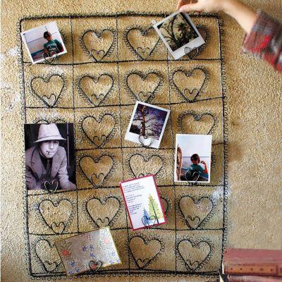 Wire 24 Heart Photo/Card Holder