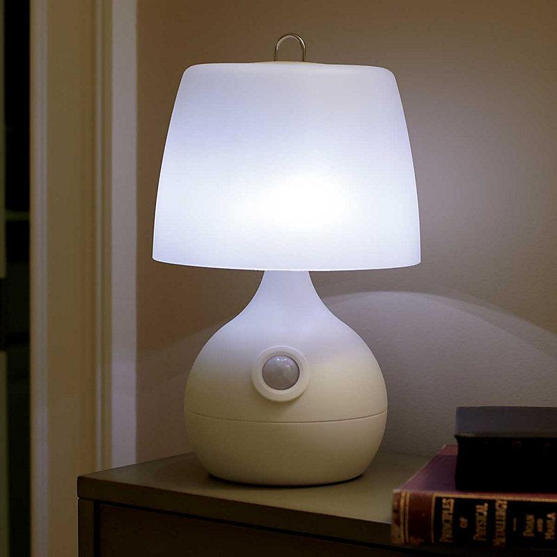 8 LED Motion Sensor Table Lamp - White