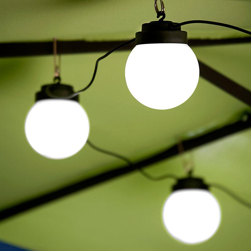 6 Globe Solar String Lights
