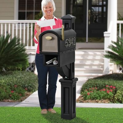 Hudson Mailbox with Post-Black
