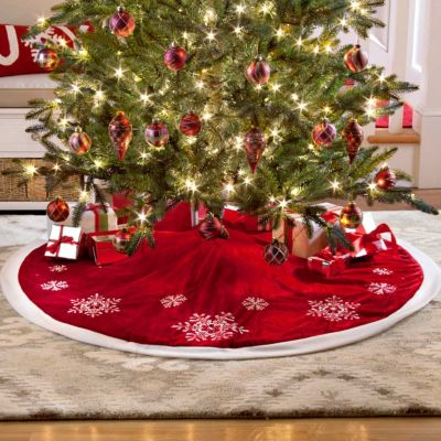 Red Snowflake Tree Skirt-52""