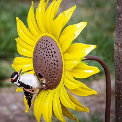 Metal Flower Bird Feeder