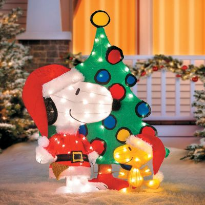Lighted Snoopy with Christmas Tree
