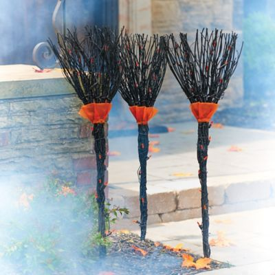 Grapevine Witches Broom Stakes Outdoor Halloween Decoration-Set
