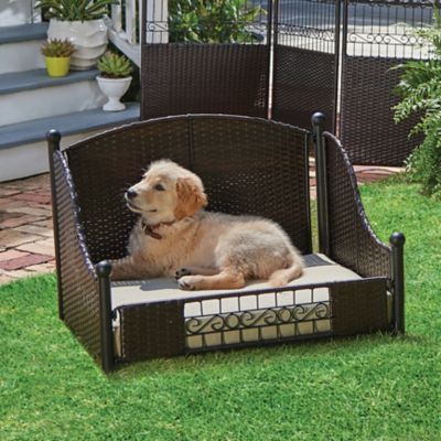 Bailey Outdoor Dog Bed