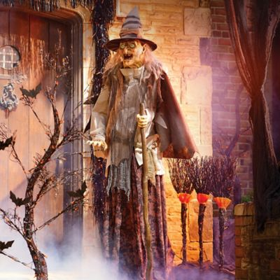 Lunging Haggard Witch Halloween Decoration