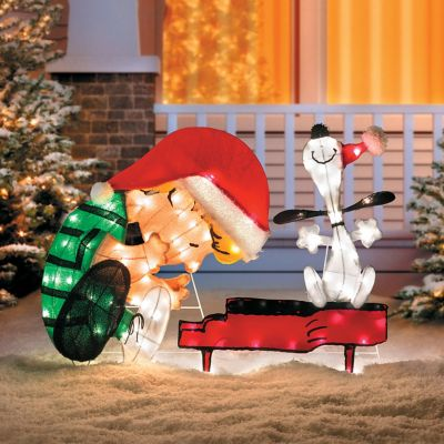 Lighted Schroeder and Snoopy Christmas Decoration