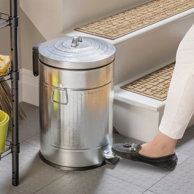 Easy-Close Pedal Trash Bin-20L