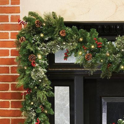 Classic Collection Pre-Lit Garland-9'