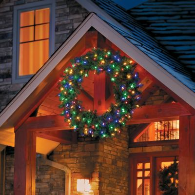 Brilliant Bright Pre Lit Christmas Wreath