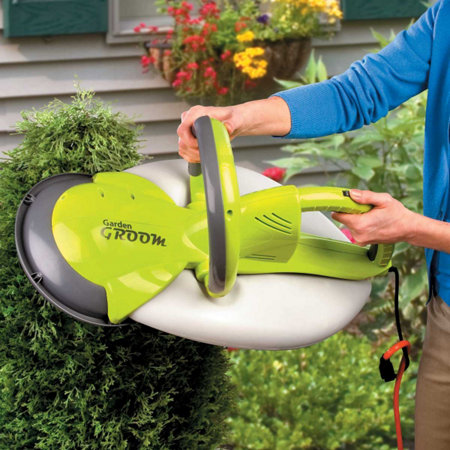 garden groom pro 500 watt hedge trimmer garden ftempo. Black Bedroom Furniture Sets. Home Design Ideas