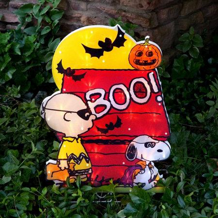 24 peanut characters halloween yard art