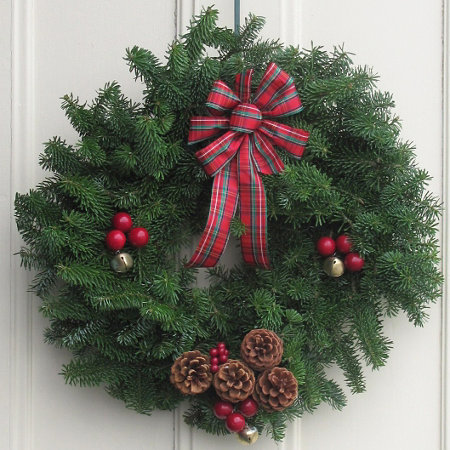 highland fresh christmas greenery wreath 20 - Fresh Christmas Greenery