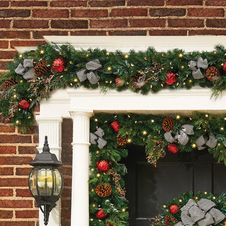 9 pre lit houndstooth christmas garland