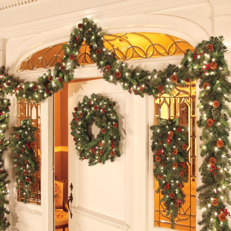 Outdoor Lighted Christmas Wreaths