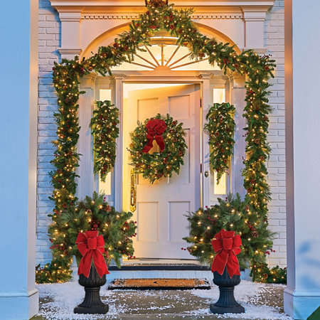 Pre-Lit Classic Lighted Christmas Wreath-24