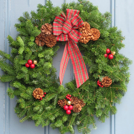 highland fresh christmas greenery wreath 30 - Fresh Christmas Greenery