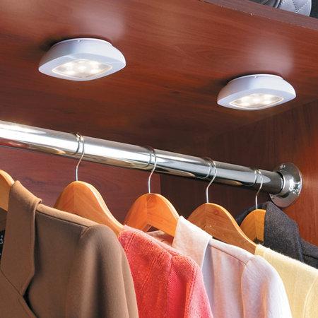 Wireless remote control lighting system